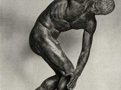 掷铁饼者是谁雕塑的 著名的《掷铁饼者》是谁雕塑的