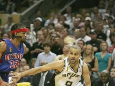 05年nba总决赛 可能是过去15年里最好的一届NBA总决赛——2005年马刺VS活塞