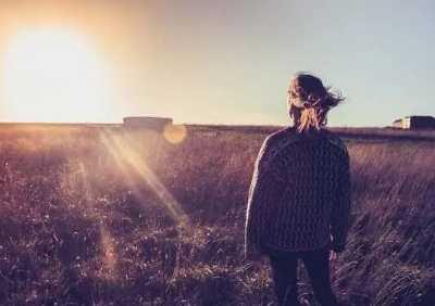 爱情伤感句子句句心痛 爱情伤感的句子看了都想流眼泪