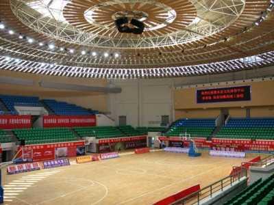 运动地板分类及其特点 篮球木地板的材质种类和各自不同的特点