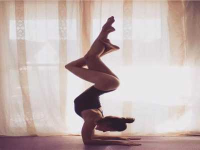 双人瑜伽图片 沈阳市双人瑜伽教练图片