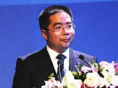 张宝林照片 圆脸的人适合什么发型图片www.hdg55.com